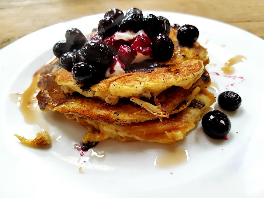 RECIPE | Full Fat Yogurt Wholewheat Pancakes with Frozen Blueberries