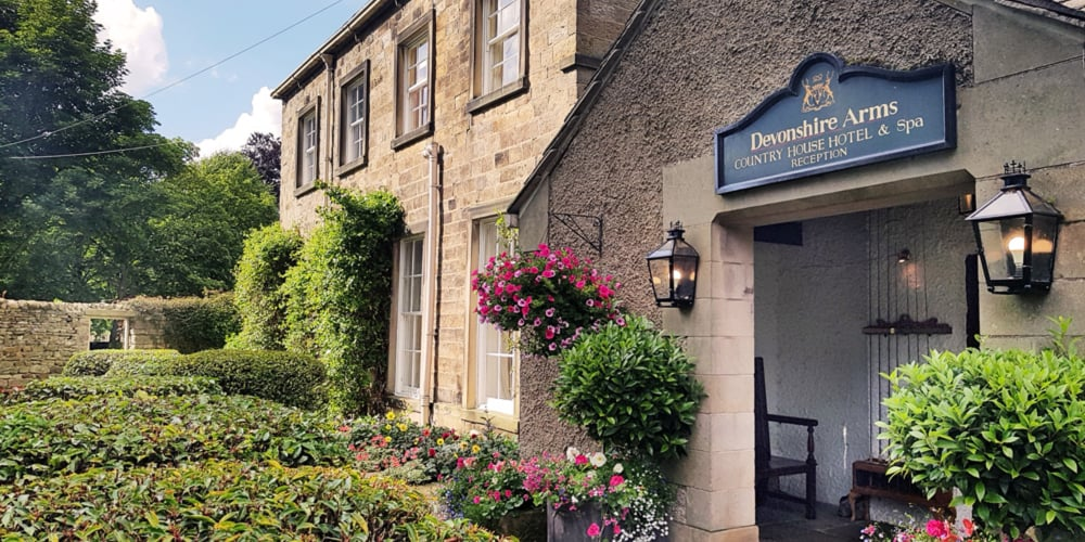 REVIEW   Champagne Afternoon Tea at 'The Dev' – Bolton Abbey 7
