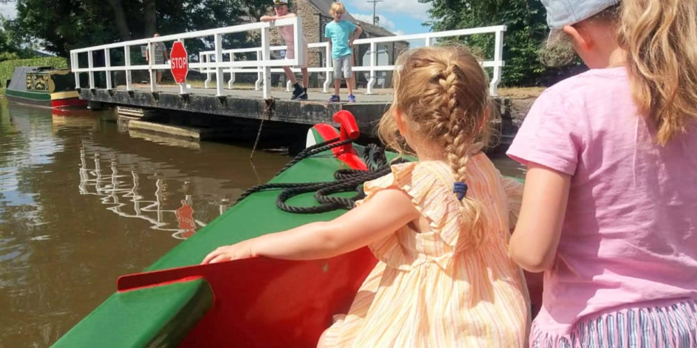RECOMMENDATION A deck load of fun A day on board a barge through Skipton 1