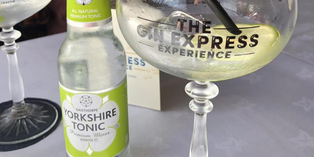 REVIEW A Ride on The Gin Express in West Yorkshire 3
