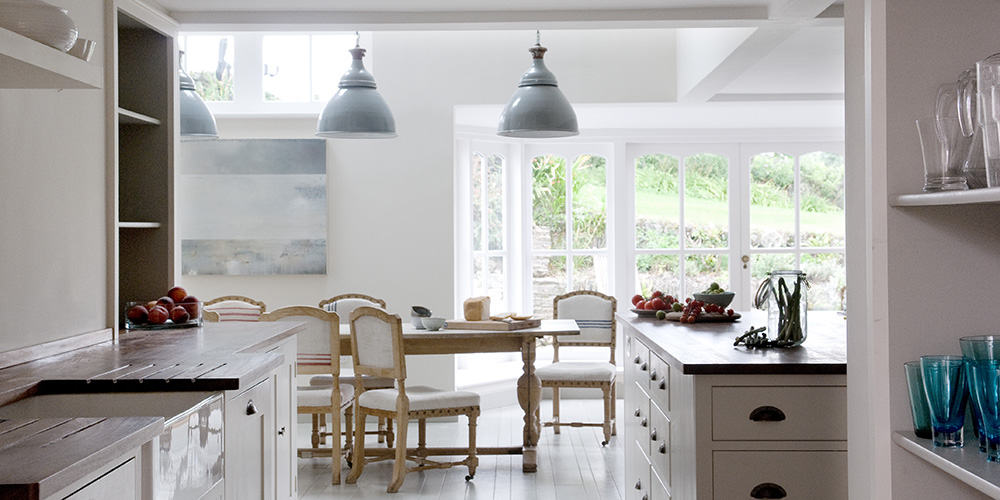 Shalmar Hollow Kitchen