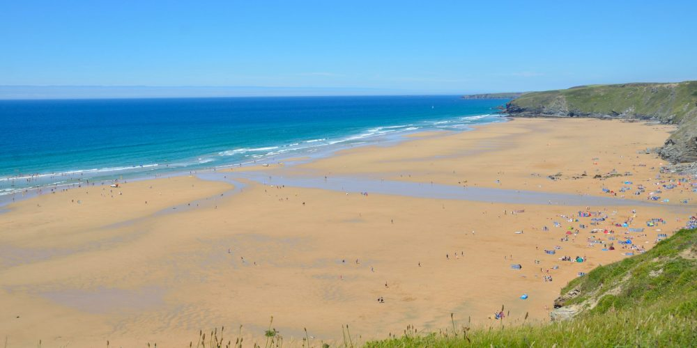 Watergate Bay Cornwall By Proper Handsome Own work CC BY SA 3.0 scaled