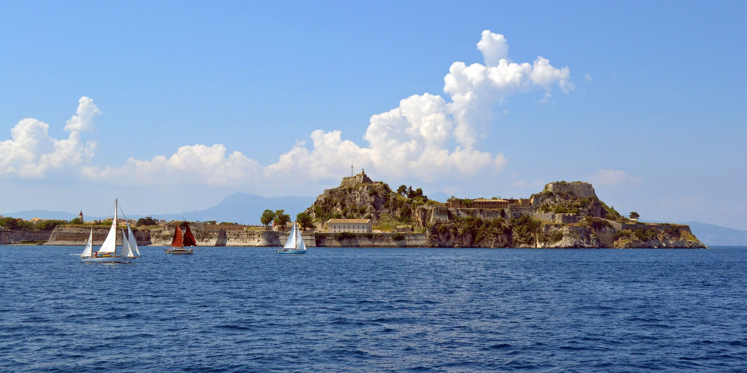 Which is the right Greek island for you and your family? 4