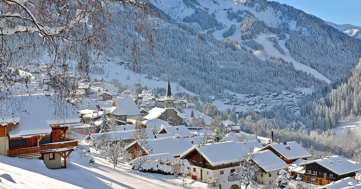 Luxury skiing in France for families and groups by Girl About Surrey 4