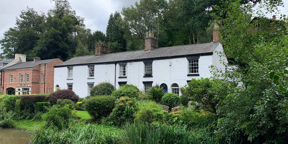 Lymm Village Cottages