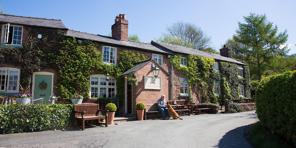 The Boot Willington Cheshire Exterior
