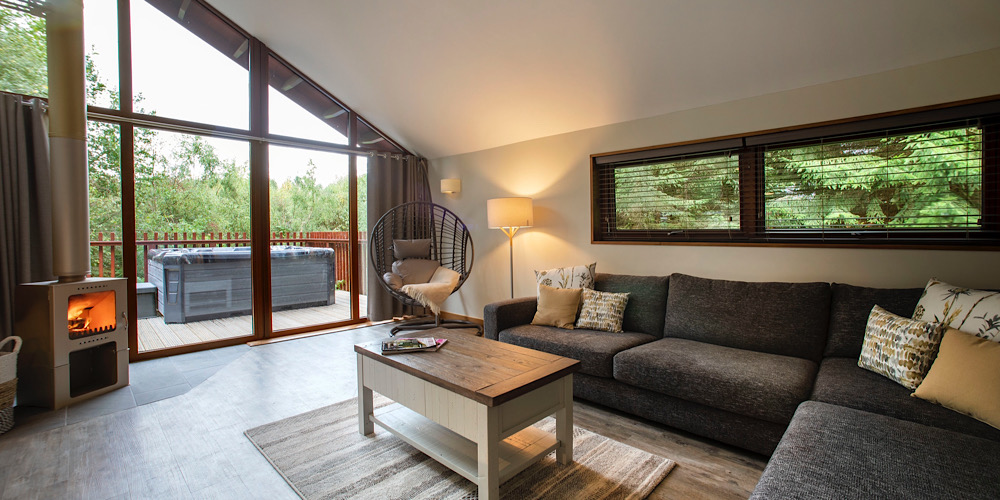 Forest Holiday Delamere White Willow Interior