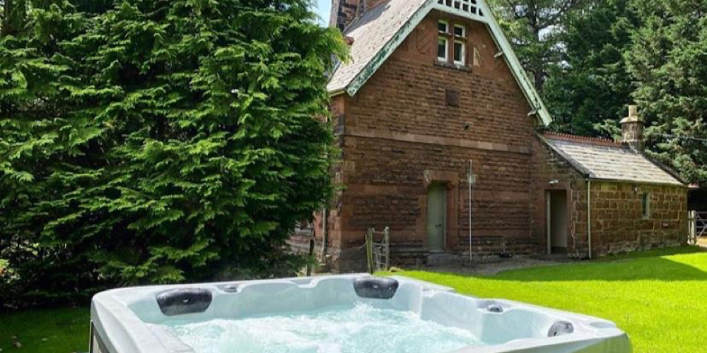Thornton Manor Hot Tub
