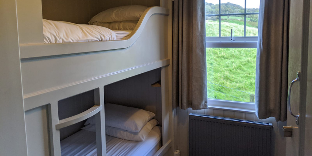 The Rocks Hostel at Plas Curig Twin Room
