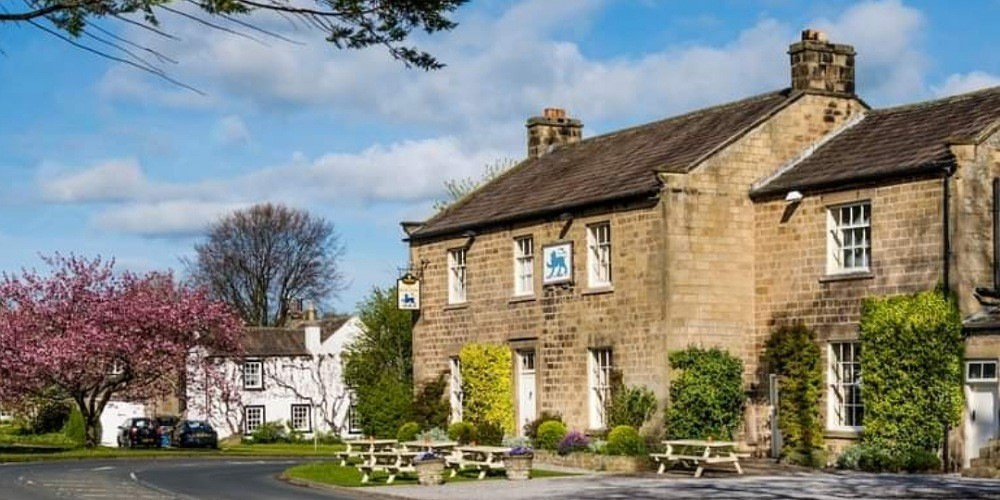 places with outdoor dining in north yorkshire