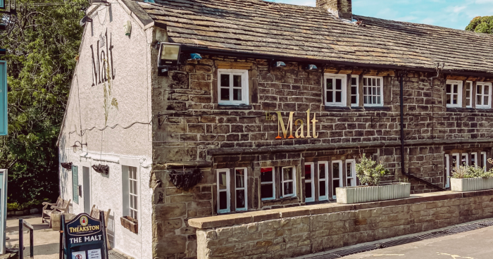 THE ULTIMATE GUIDE TO OUTDOOR SEATING IN WEST YORKSHIRE