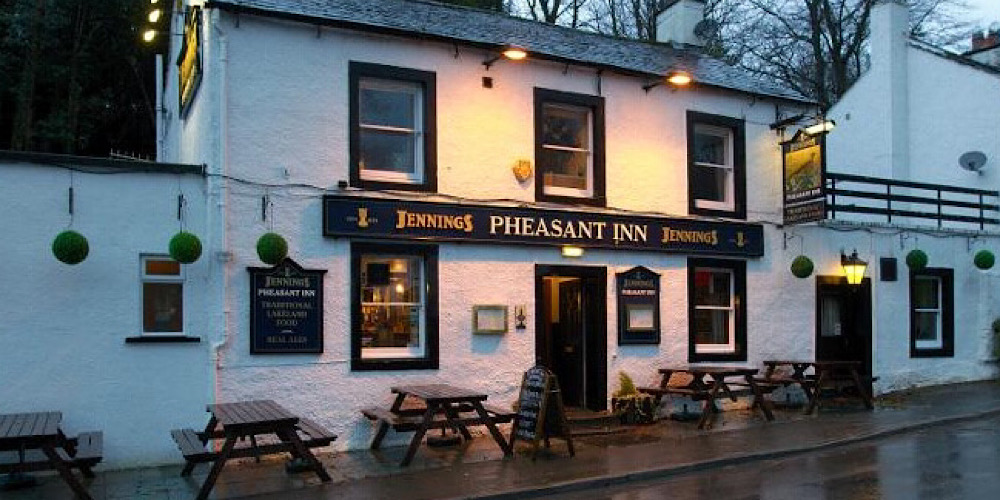 Restaurants with outdoor seating in The Lake District Pheadant Inn Keswick